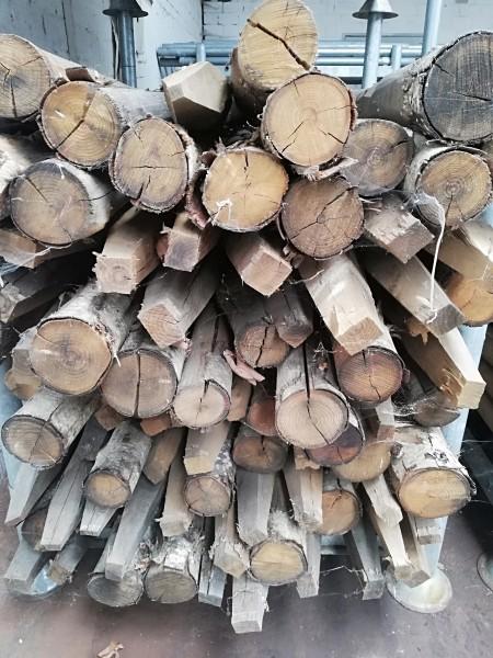 Kastanienpfahl 2. Wahl 175 cm lang - 10/12 cm Ø mit Spitze - Weidepfahl, Zaunpfahl 30 Stück im Pa