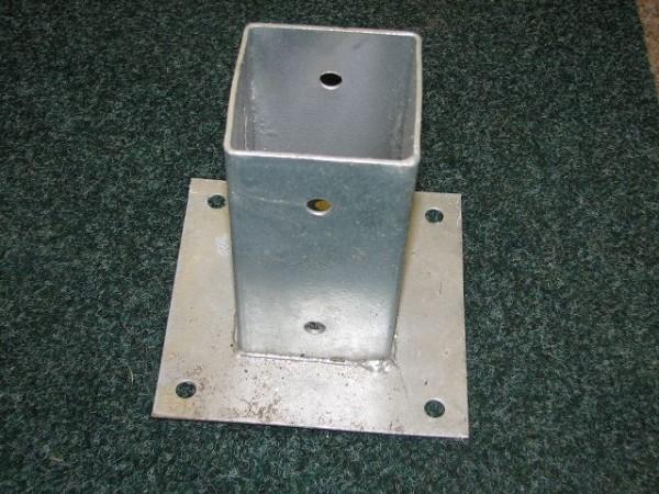 Aufschraub Bodenhülse 150 mm, verzinkt, Pfostenschuhe