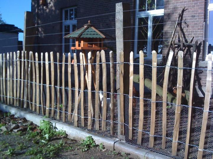 staketenzaun 90 cm h 10 m l za 8 9 cm englischer rollzaun aus kastanienholz 90 cm hoch. Black Bedroom Furniture Sets. Home Design Ideas